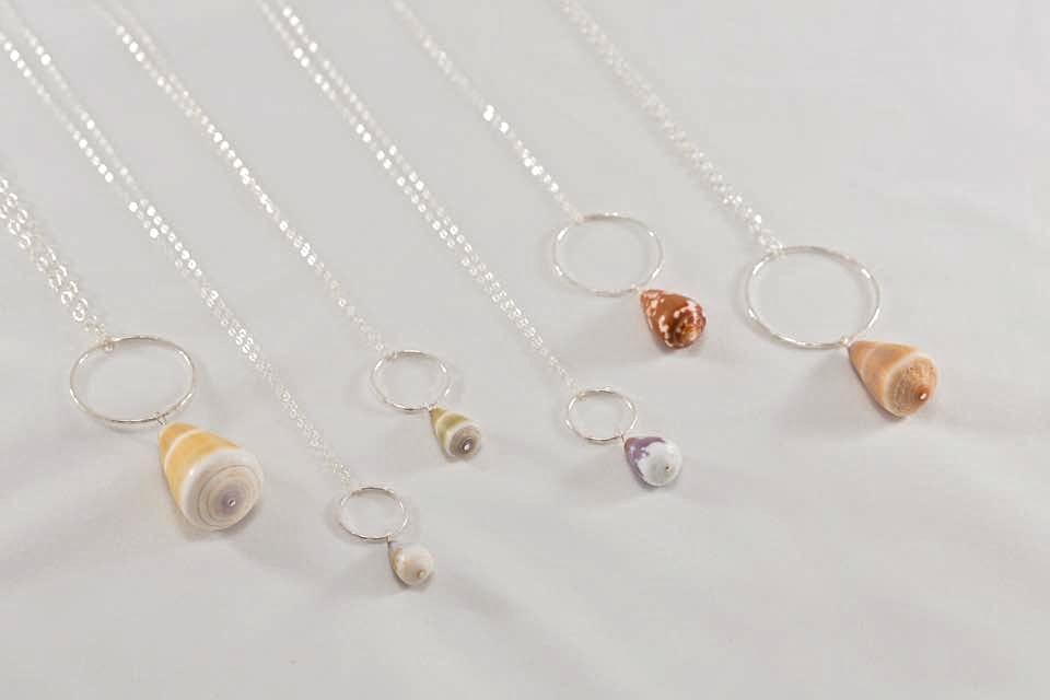 SeasTheLove hoop necklace