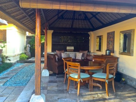 four seasons jimbaran villa outdoor living area